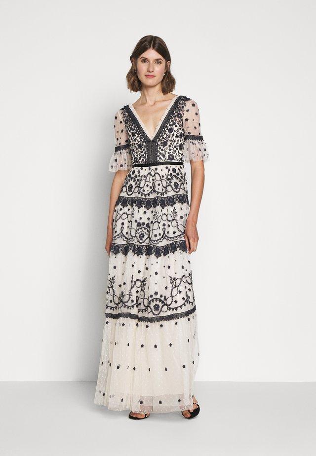 MIDSUMMER GOWN - Společenské šaty - champagne/black