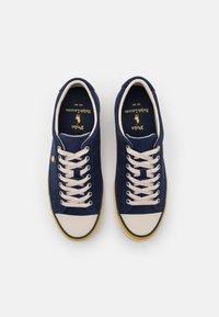 Polo Ralph Lauren - SAYER - Tenisky - newport navy/gold - 3