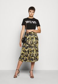 Versace Jeans Couture - Print T-shirt - nero - 1