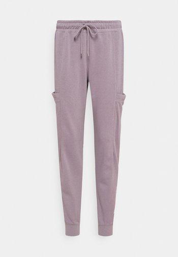 AIR PANT - Pantalon de survêtement - purple smoke/white