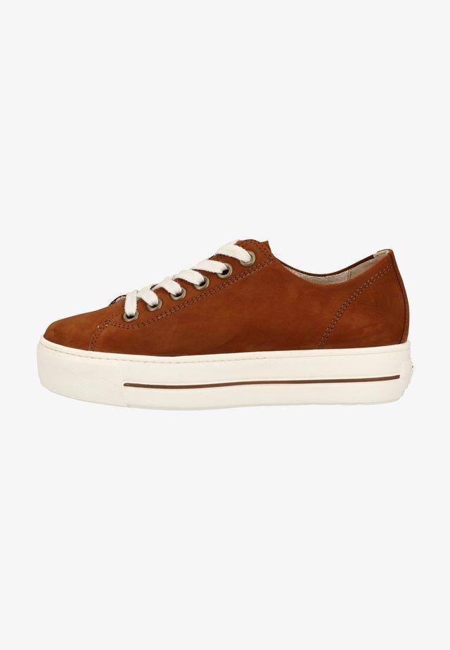 Sneakers laag - cognac-braun 237