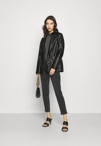Pieces - PCLILI - Jeans slim fit - black denim - 1
