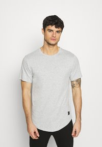 Only & Sons - MATT 7 PACK - Basic T-shirt - light red melange/light grey melange/green melan/anthracite melange/white - 6