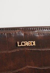 L. CREDI - FEODORA - Wallet - brown - 3