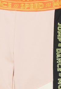 Molo - ORLAITH - Punčochy - pink - 2