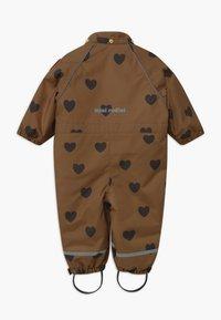 Mini Rodini - ALASKA HEARTS - Lyžařská kombinéza - brown - 2