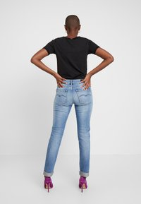Replay - JOPLYN - Straight leg jeans - light blue - 2