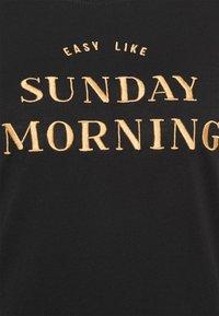 TOM TAILOR DENIM - BASIC EMBRO TEE - Print T-shirt - deep black - 5