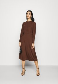 Vero Moda - VMNEXT CALF DRESS - Jumper dress - potting soil - 1