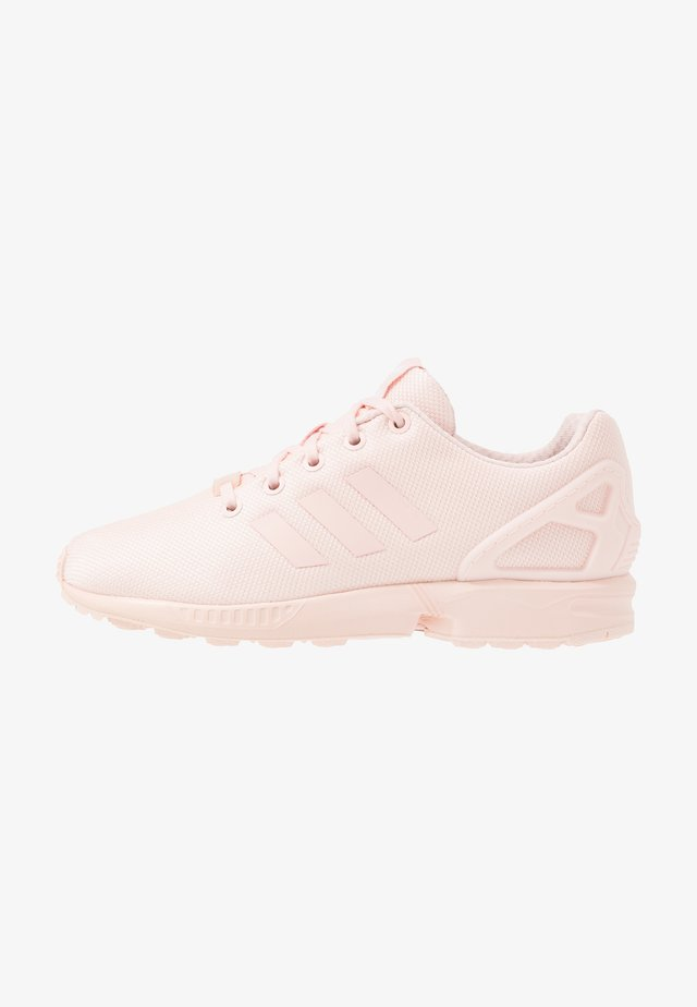 ZX FLUX UNISEX - Zapatillas - icey  pink/footwear white