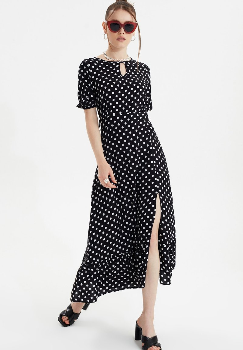 Trendyol - Day dress - black