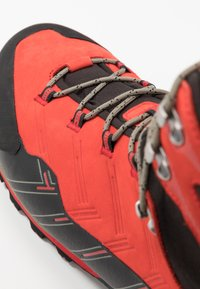 Mammut - KENTO GUIDE HIGH  - Mountain shoes - spicy/black - 5