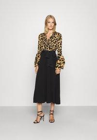 Diane von Furstenberg - NANCY DRESS - Cocktail dress / Party dress - large natural/black - 0