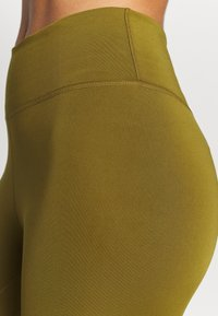 Nike Performance - ONE 7/8  - Leggings - olive flak/black - 5