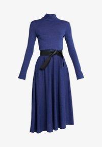 MAX&Co. - DRENARE - Sukienka dzianinowa - blue - 5