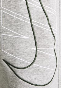 Nike Sportswear - SUIT SET - Träningsset - dark grey heather - 6
