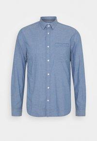 REGULAR ORGANIC DOBBY - Shirt - blue/white