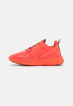 ZX 2K FLUX SPORTS INSPIRED SHOES UNISEX - Trainers - solar red/semi solar orange/core black