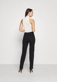 Anna Field - STRAIGHT LEG - Straight leg jeans - black denim - 4
