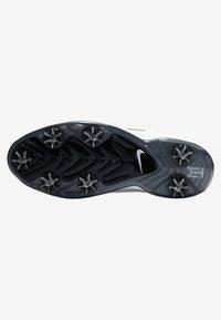 Nike Golf - TIGER WOODS - Golfskor - white/metallic cool grey/pure platinum/black - 4