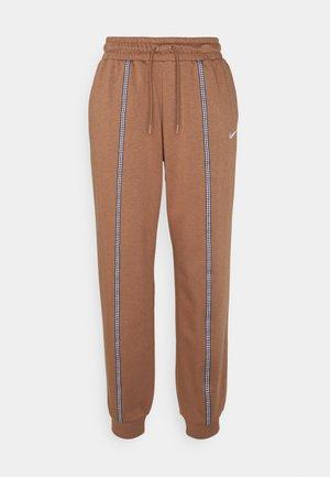 Teplákové kalhoty - archaeo brown/white