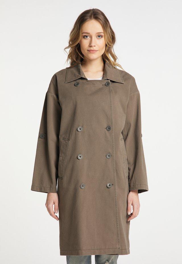 Krátký kabát - grau oliv