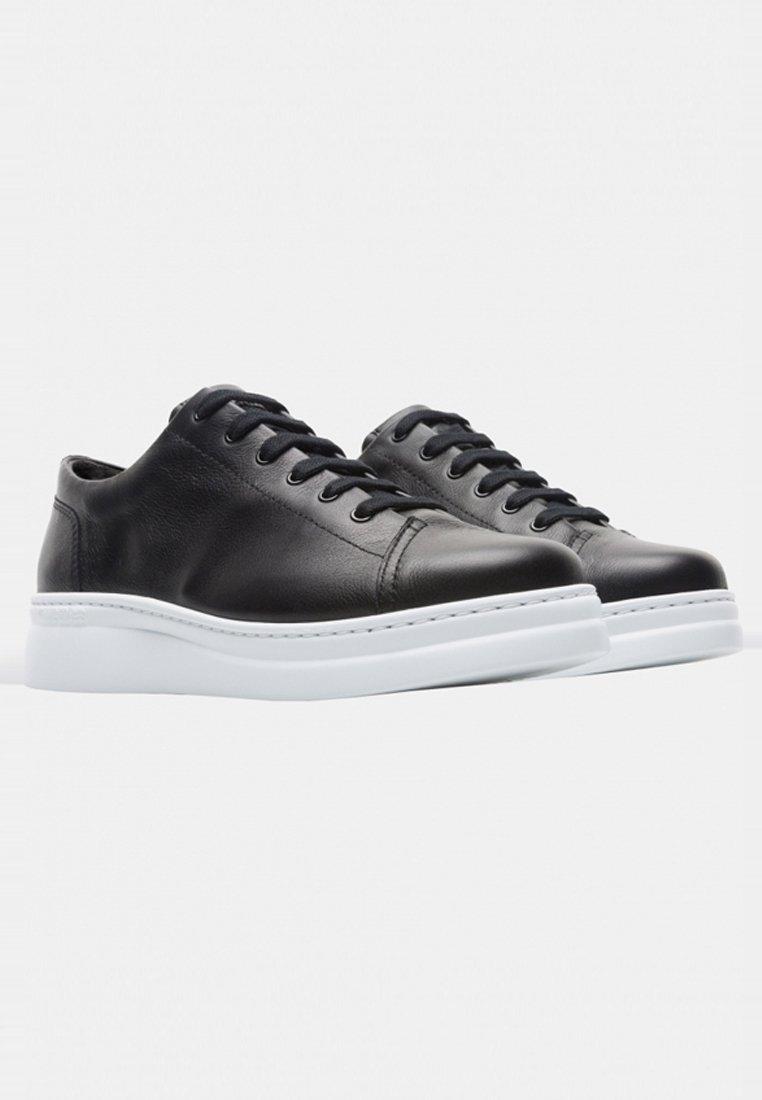 Camper Sneaker low black/schwarz