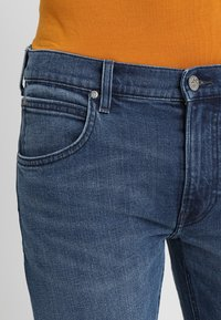 Lee - DAREN ZIP FLY - Jeans Straight Leg - time out - 3