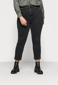 New Look Curves - CAMBODIA - Straight leg jeans - black - 0