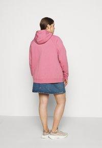Nike Sportswear - HOODY - Zip-up hoodie - desert berry - 2