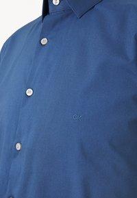 Calvin Klein Tailored - STRETCH SLIM - Formal shirt - blue - 6