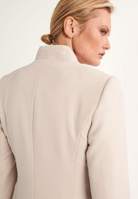 comma - Classic coat - ivory - 3