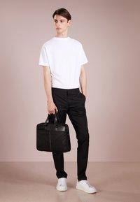 HUGO - HELDOR - Spodnie materiałowe - black - 1