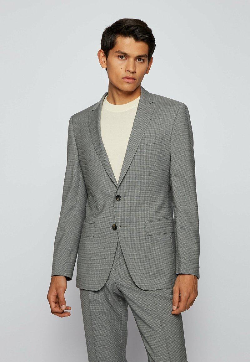 BOSS - SET - Costume - silver