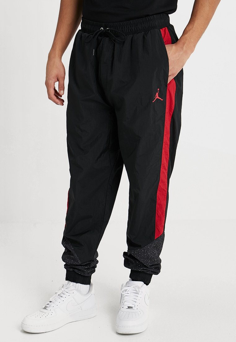 Jordan - DIAMOND CEMENT PANT - Verryttelyhousut - black/gym red