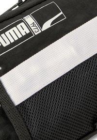 Puma - PLAYER BASKETBALL - Bum bag - puma black - 2