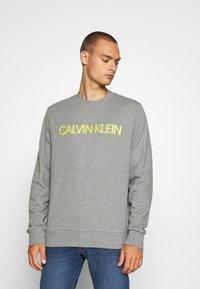 Calvin Klein - EMBROIDERY LOGO - Sweatshirt - grey - 0