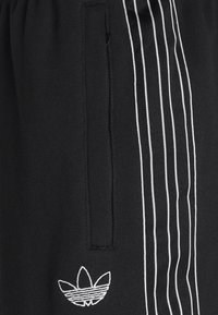 adidas Originals - Shorts - black/chalk white - 2