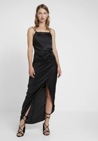 Nly by Nelly - STRAPPY DETAIL GOWN - Robe de cocktail - black - 0