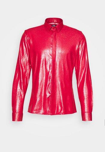 SLEDGE  - Shirt - red