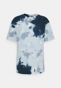 TEE  - Print T-shirt - white/armory blue/ashen slate