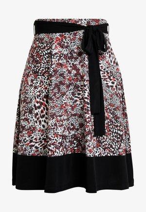 Mini skirt - white/red/black