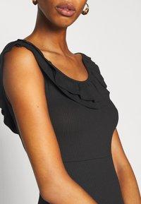 ONLY Tall - ONLFIESTA DRESS - Žerzejové šaty - black - 5