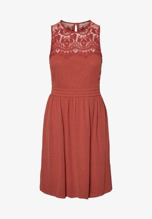 VMVANESSA SHORT DRESS - Cocktail dress / Party dress - cognac