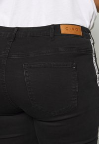 Ciso - 7/8 WITH SIDE-STRIPE - Jeans Skinny Fit - black - 5