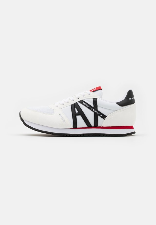 AX RETRO RUNNER - Tenisky - white/red/blue
