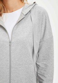 DeFacto - Zip-up hoodie - grey - 3