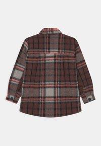 Staccato - TEEN UNISEX - Light jacket - neon red - 1