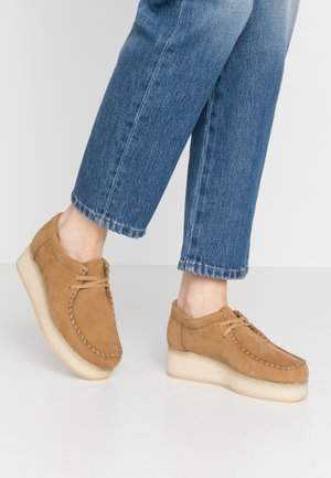 WALLACRAFT  - Casual lace-ups - oak