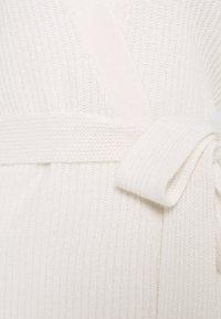 Davida Cashmere - KIMONO - Cardigan - white - 2